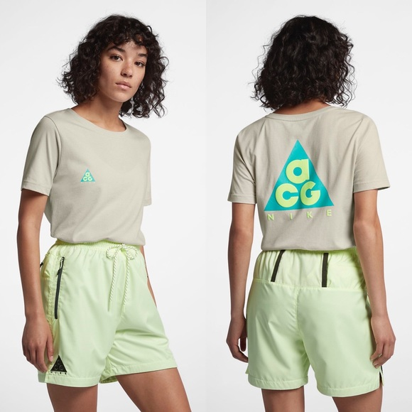 Nike ACG Light Bone Cotton T-Shirt a911fb085